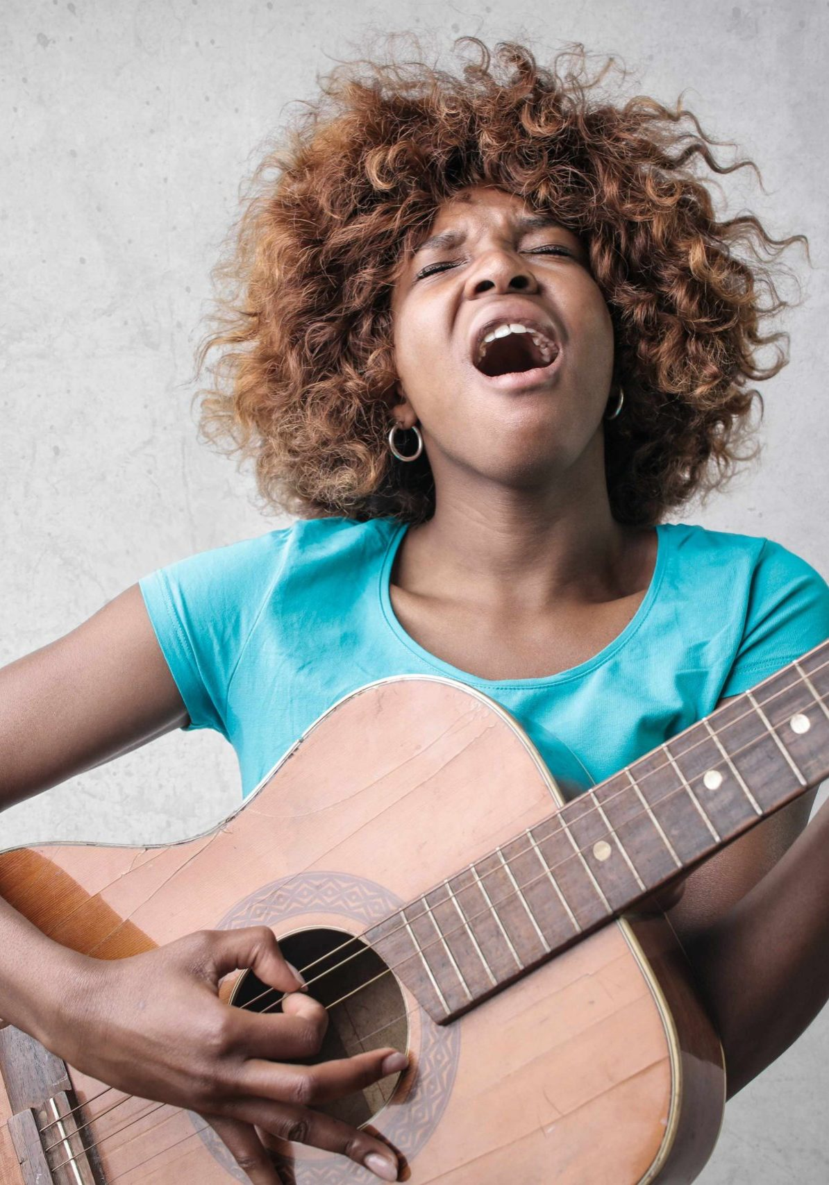 singing with guitar_small
